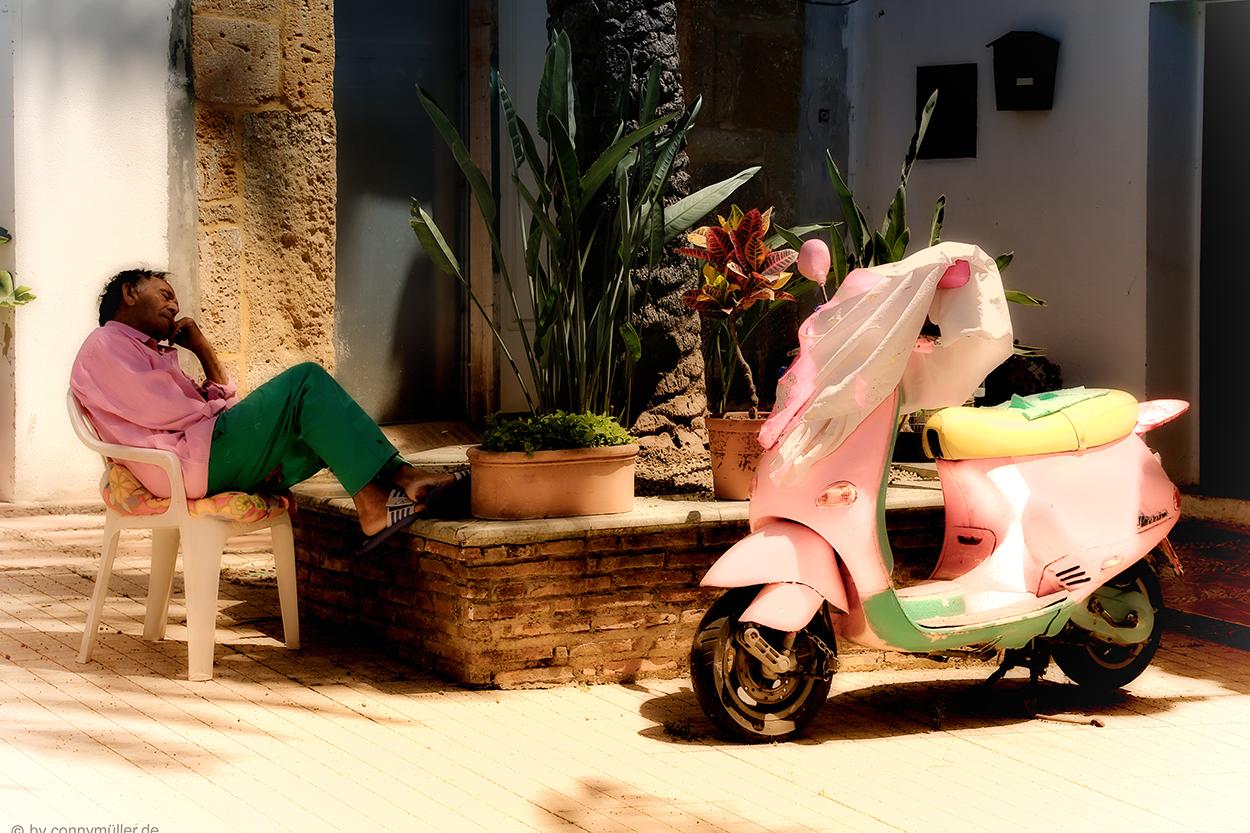 "2.Preis/Faszination Spanien ""Siesta, rosa"""