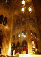 3. Advent in Notre Dame, Paris