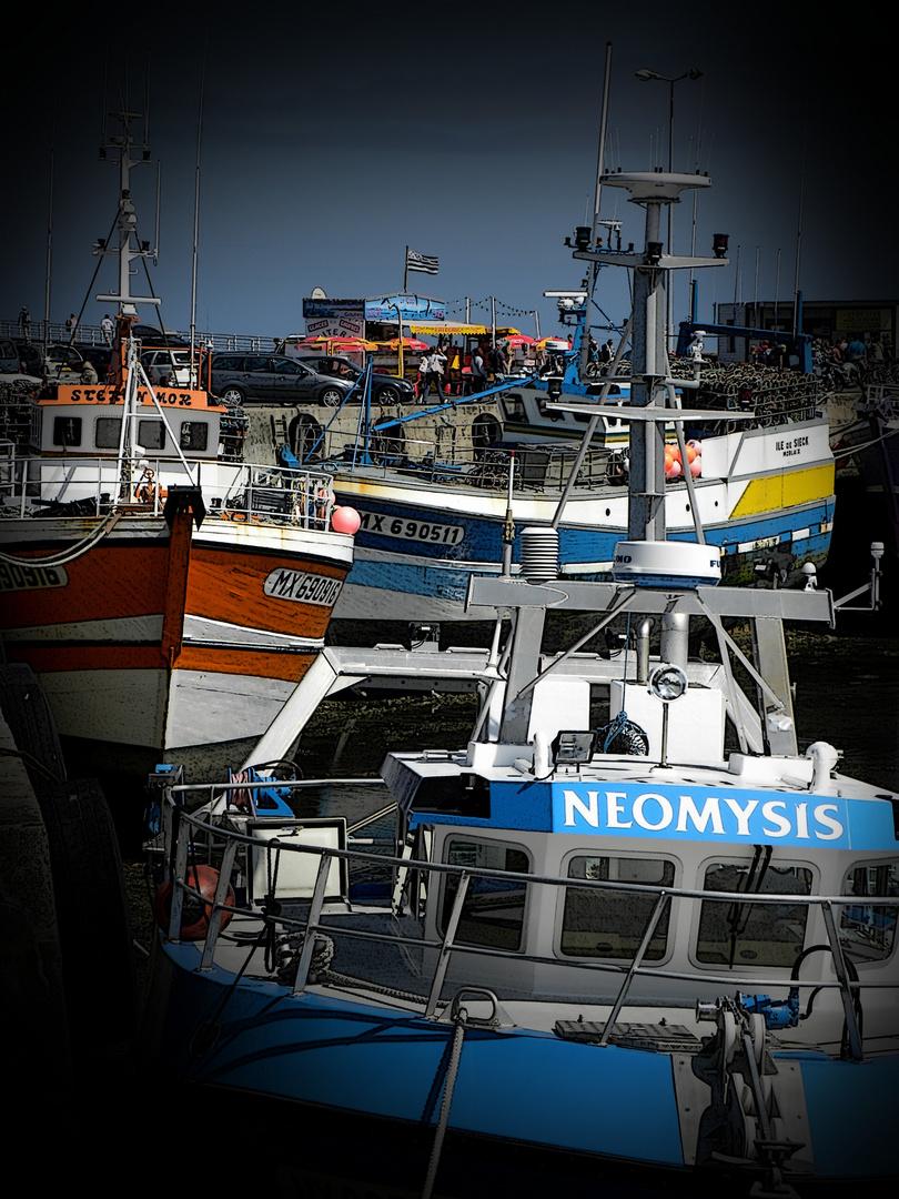 3 bateaux.