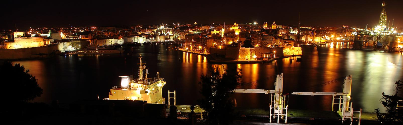 3 Cities (Malta) bei Nacht