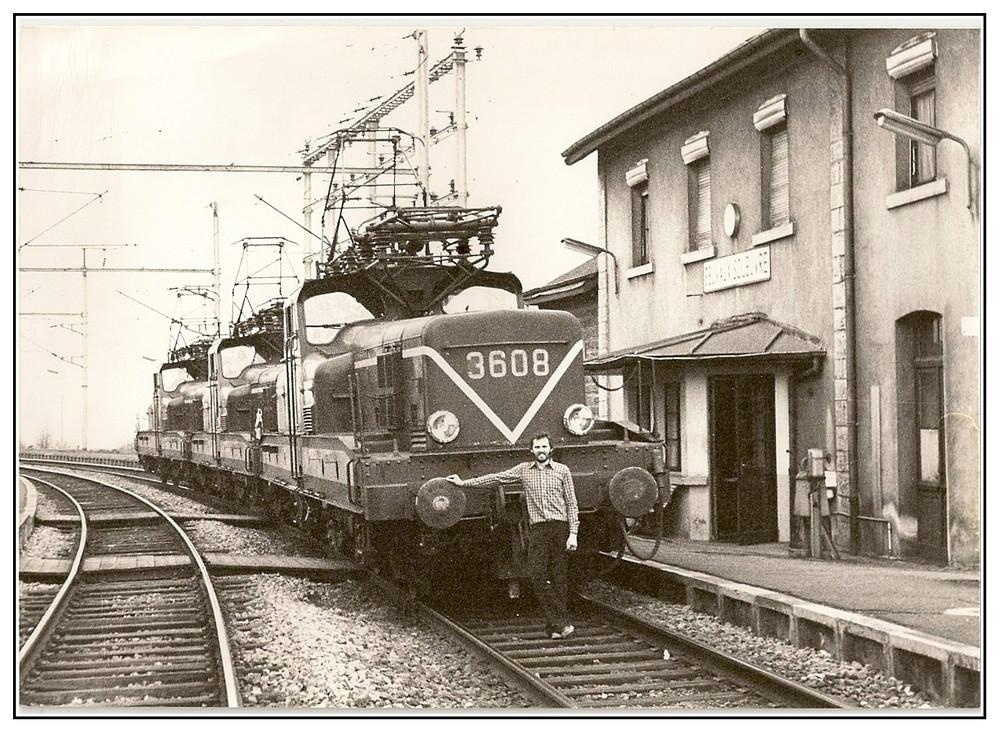 3 E-Loks im Bahnhof Belvaux-Soleuvre