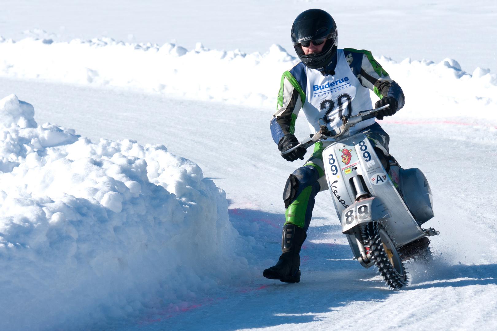 3 Eisrennen der Ybbstaler Rollerflotte ..