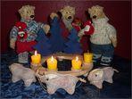 3 Kerzen, 3 Bären und 3 Schweine