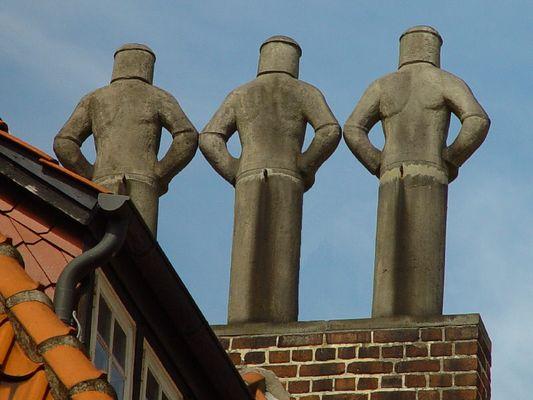3 Männer auf dem Dach