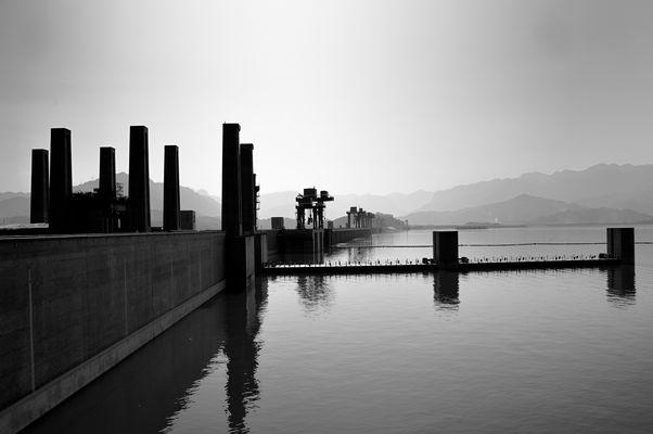 3-Schluchten-Staudamm