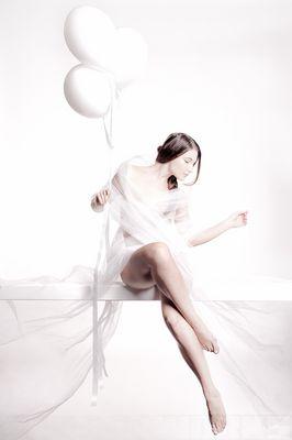> 3 weiße Luftballons