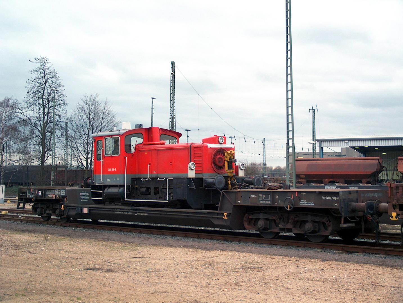 335 156 -6 auf Uais- Wagen