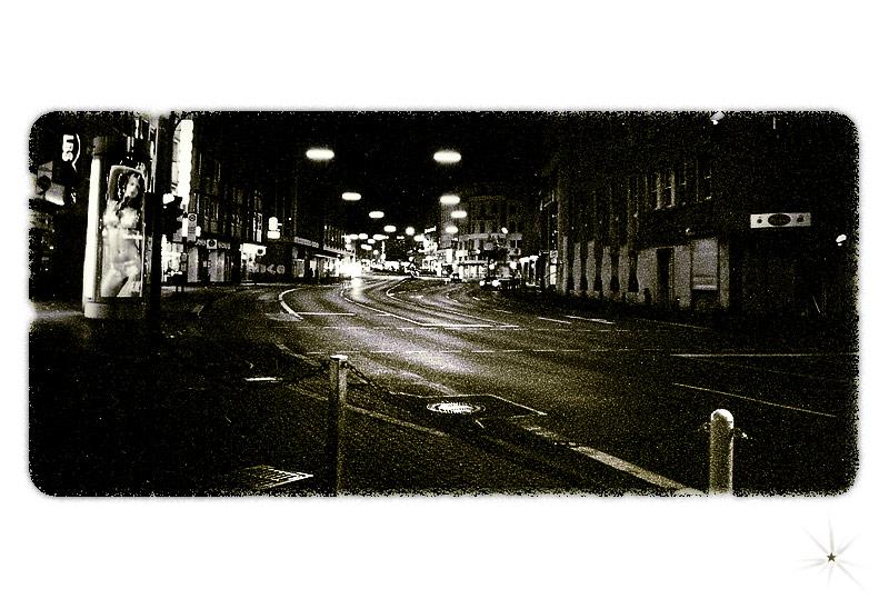 [*34] Im Kombikini am Straßenstrich! - Vierzehnneunundneunzig.