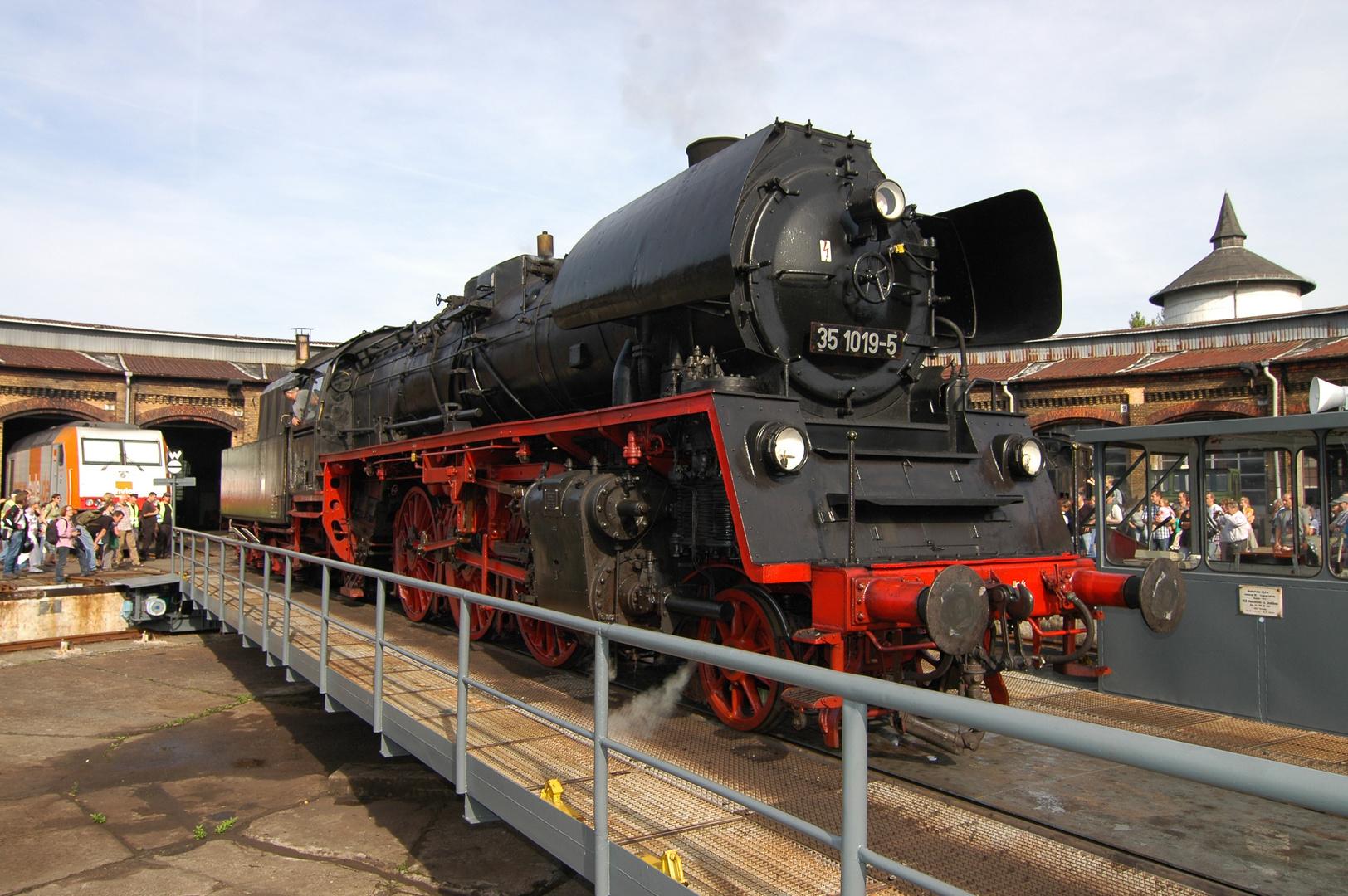 35 1019 beim 9. Berliner Eisenbahnfest