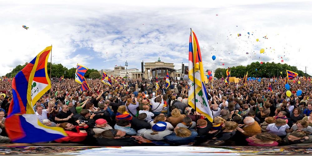 360 Grad vom Dalai Lama in Berlin