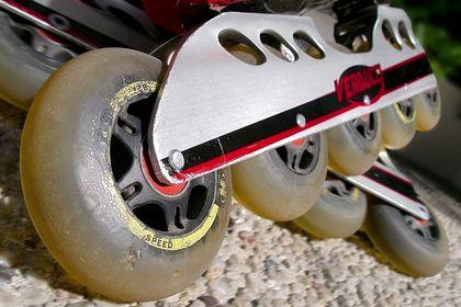 Skate & Blade