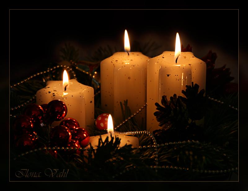 4 advent foto bild gratulation und feiertage. Black Bedroom Furniture Sets. Home Design Ideas