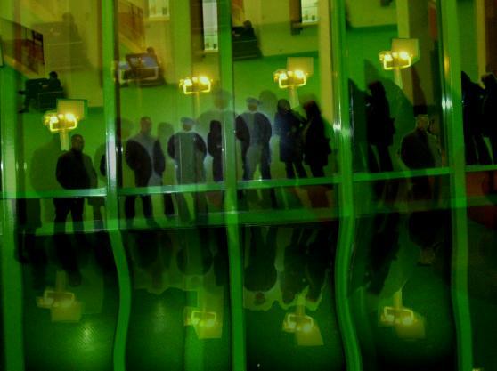 4 in einer Ausstellung