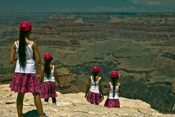 4 Mädchen am Grand Canyon