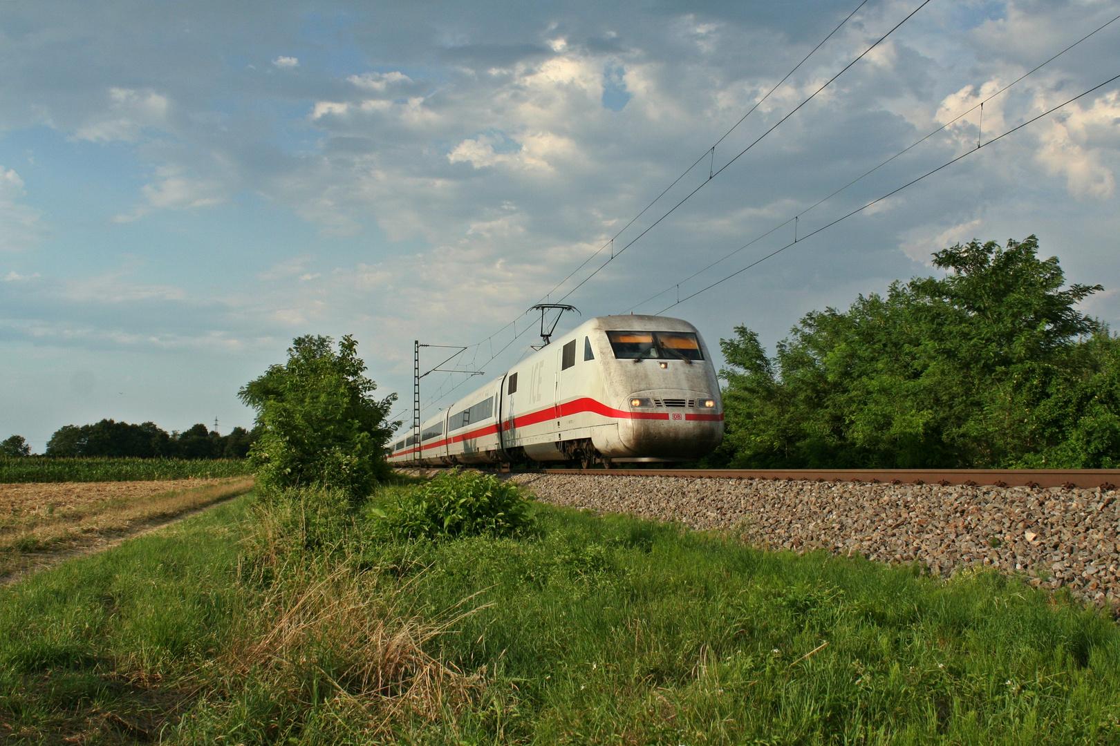 401 077-3 auf dem Weg nach Interlaken