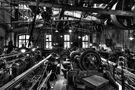 Beleuchteter Maschinensaal von Berti Steiner