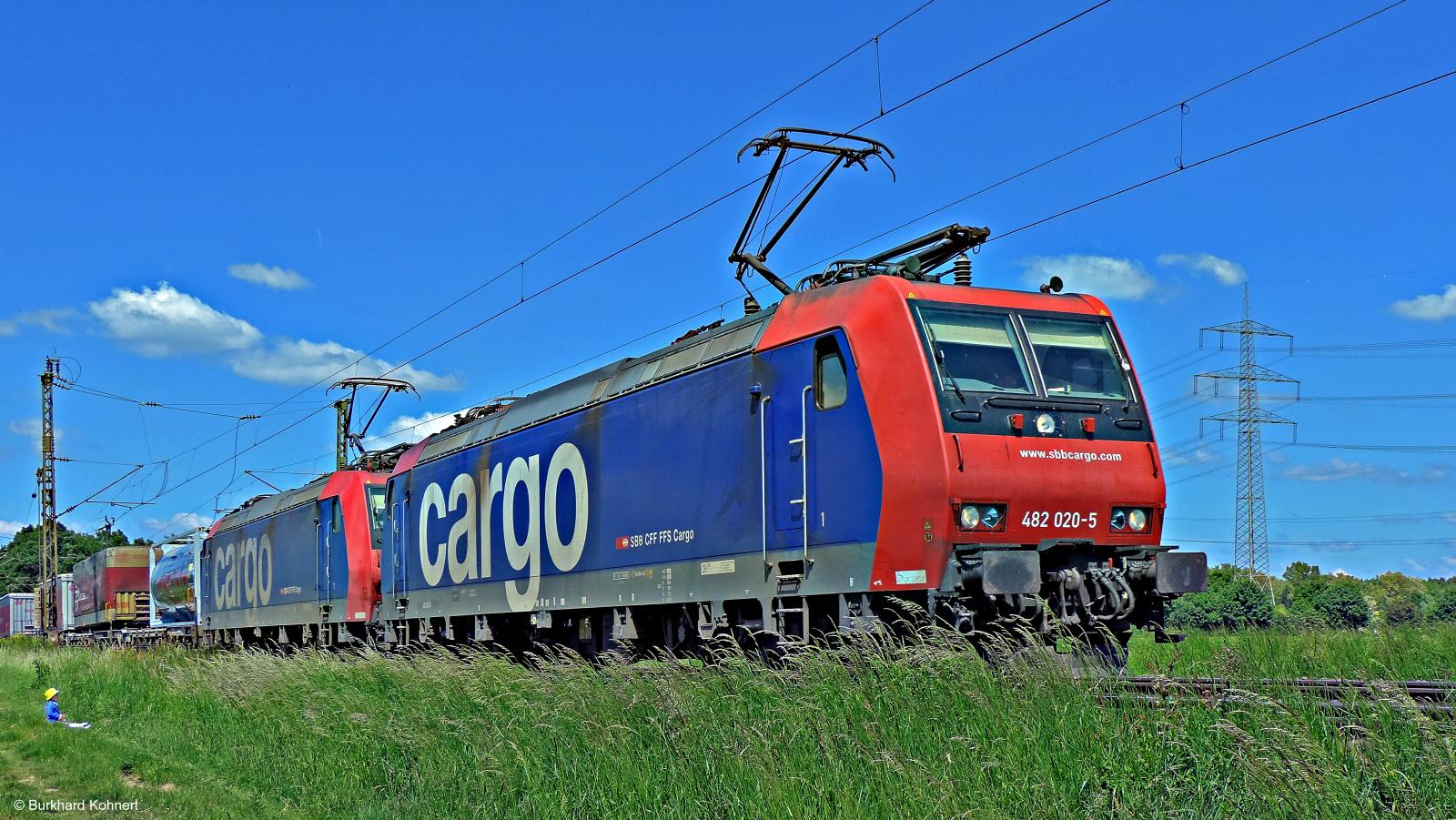 482 020-5 SBB Cargo x 2
