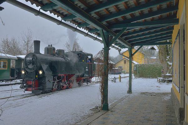 498.04 im Bahnhof Steyr LLB ...