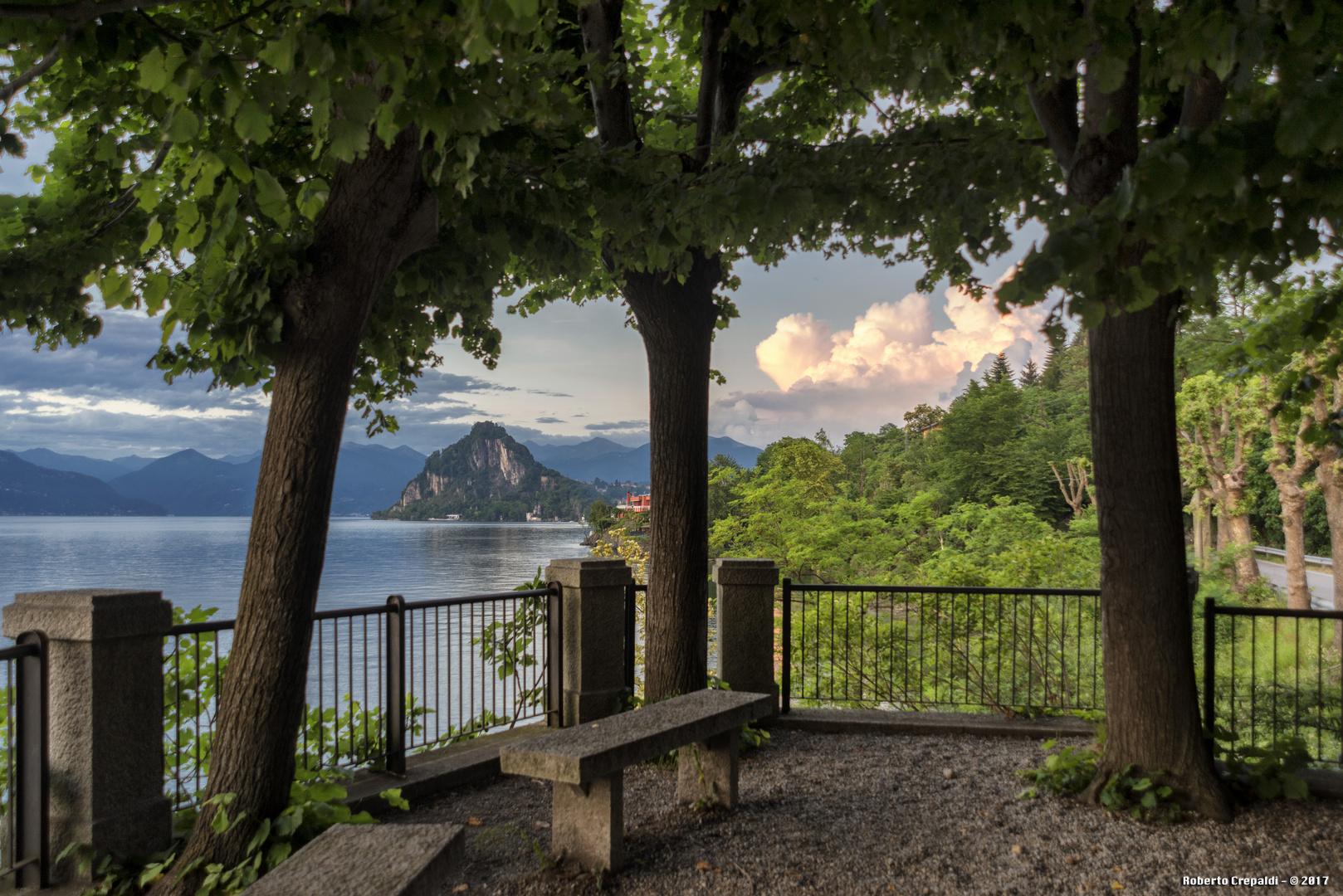 5 arcate, terrazza sul lago Foto % Immagini| paesaggi, laghi e fiumi ...