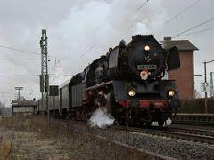 50 3552 mit dem Nikolaussonderzug vom 02.12.2007