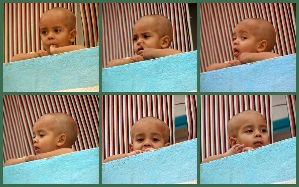 6 x 2 große schwarze Augen: Baby in Ägypten