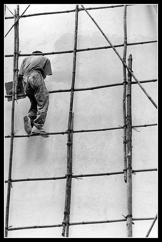 """""""626: sicurezza sul lavoro"""" di Aldo Feroce"""