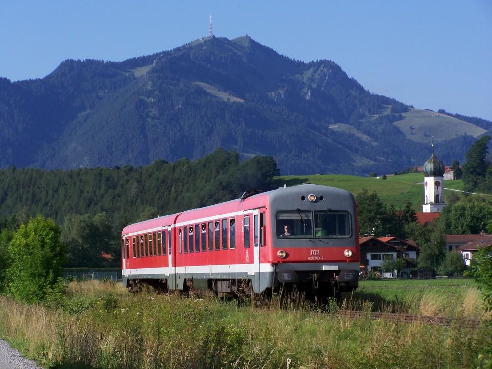 628 103 ist am 25.7.2007 auf dem Weg nach Obersdorf