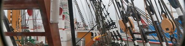 Historische und zeitgenössische Schiffe