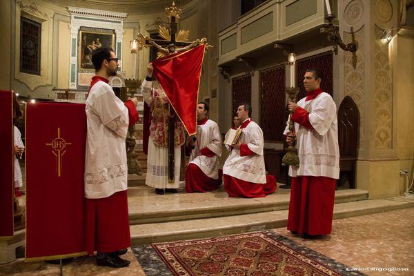 7 - Venerdì Santo, Ecce lignum crucis!