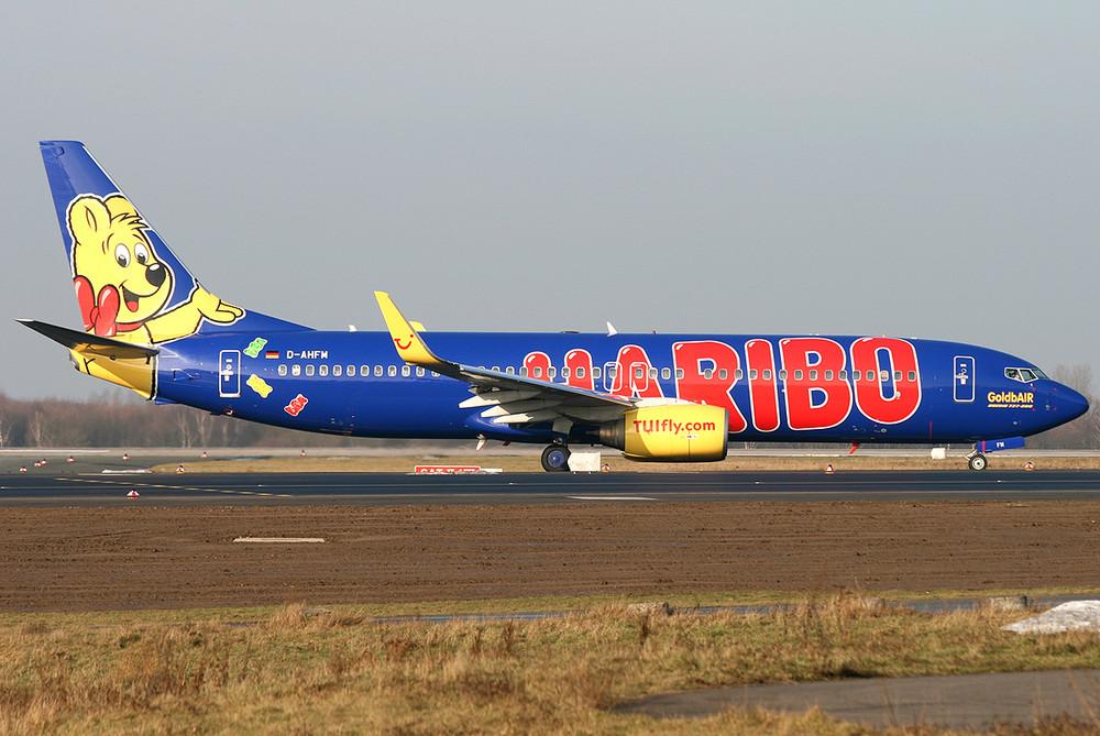 737-800 TUIfly D-AHFM Haribo logo jet