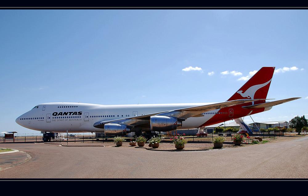 747 - 200B Jumbo