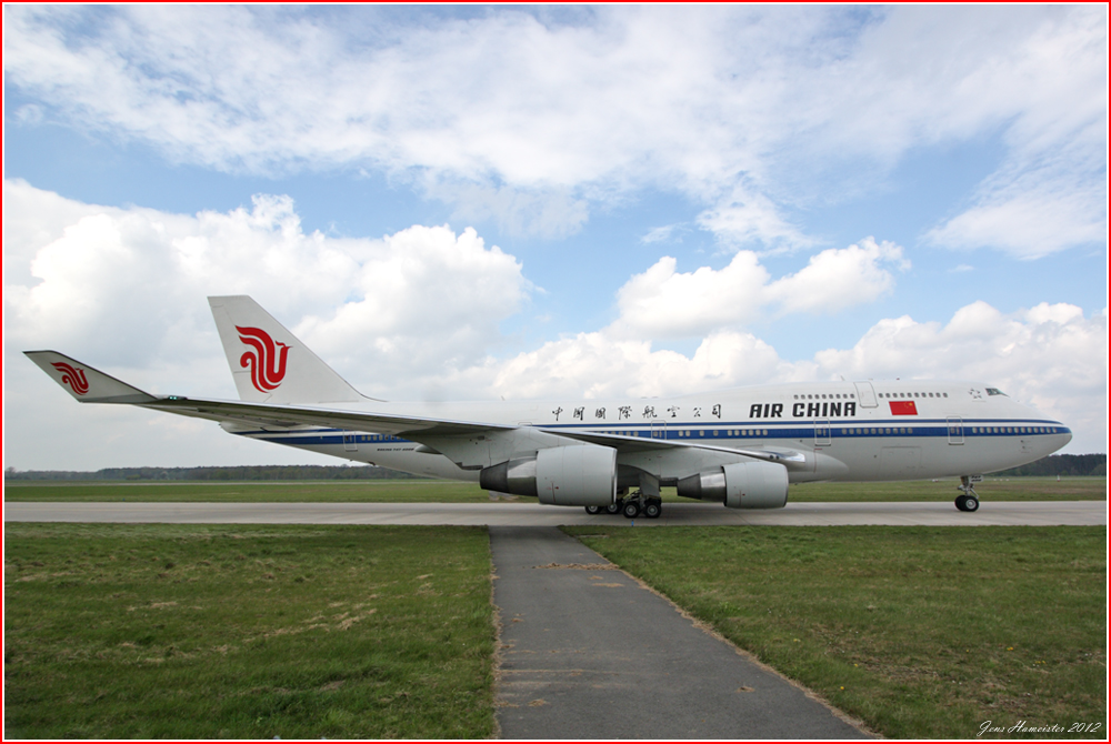 747-400 @ 10mm