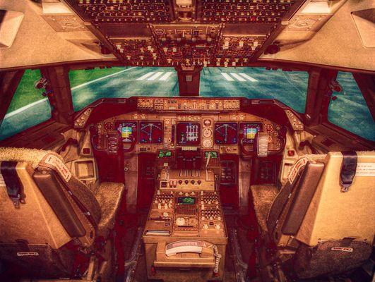 747 cockpit einen re-load