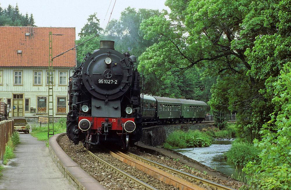 750-Jahrfeier Blankenburg/Harz mit 95 1027