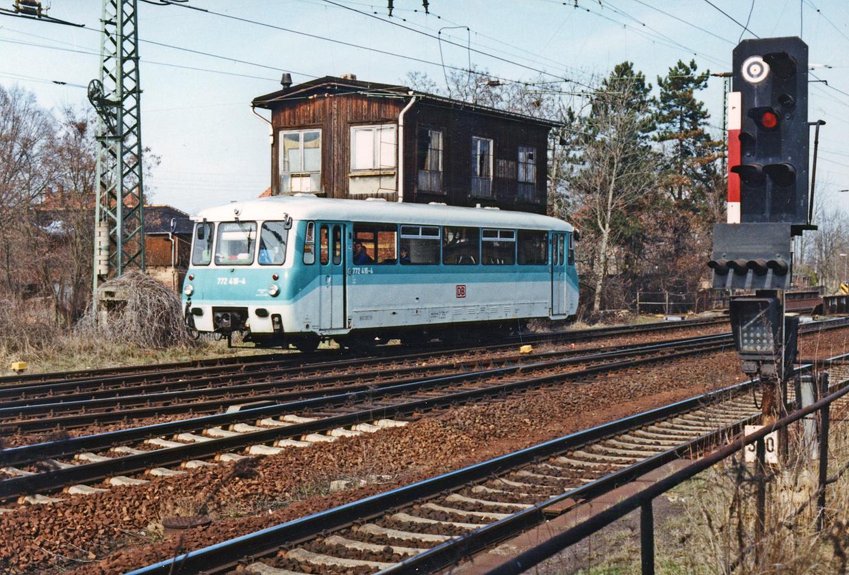 772 416-4 fährt am 28.03.2001 in Bhf. Gaschwitz ein.