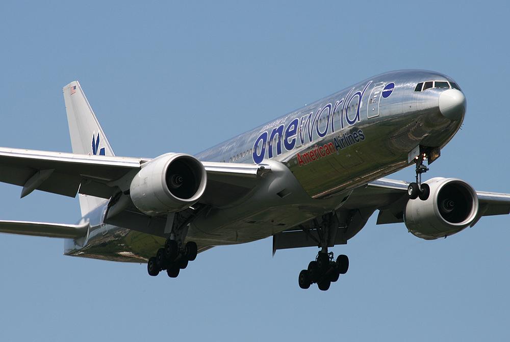 """777-200 American N791AN """"ONE WORLD"""""""
