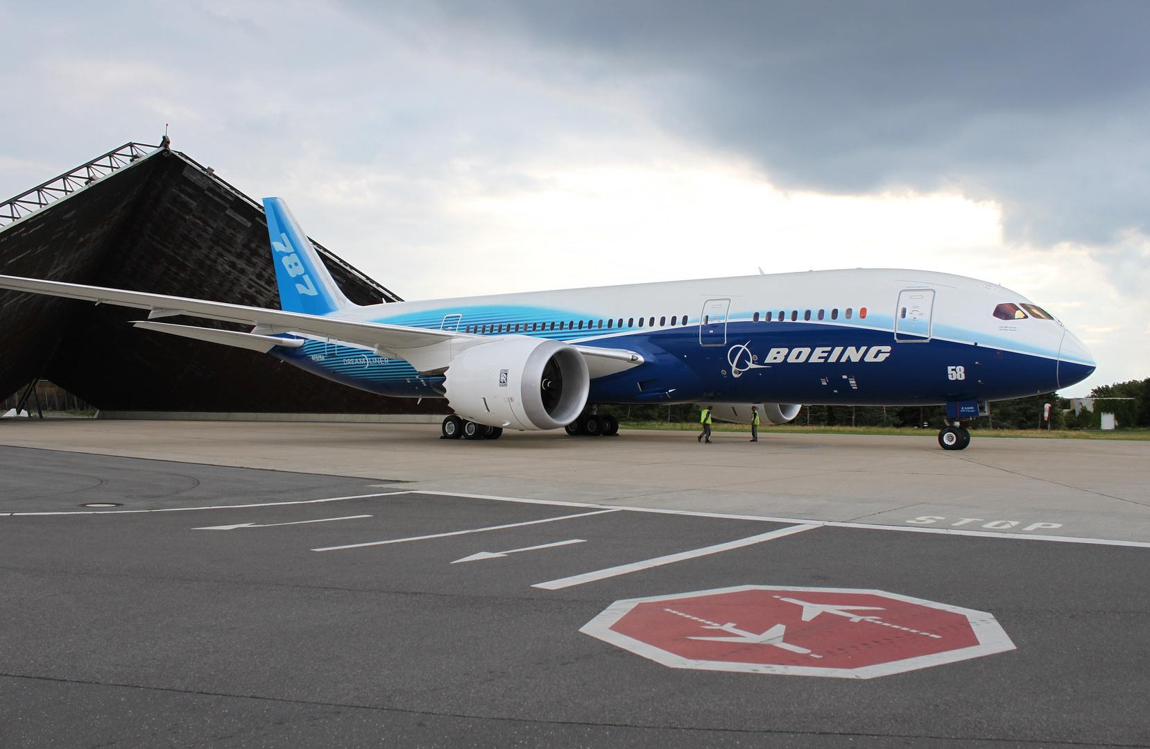 787 zu Besuch in Berlin