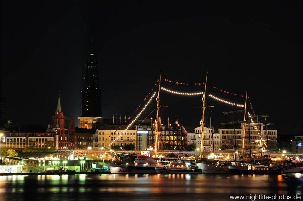 819. Hafengeburtstag Hamburg Seenotretter