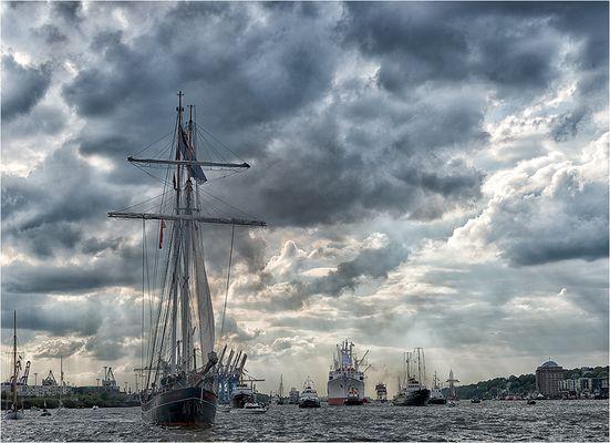 826. Hafengeburtstag Hamburg.....