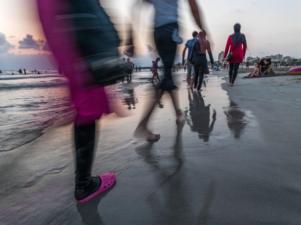 The Fuchsia Slipper ,Tyr Beach by Zman68