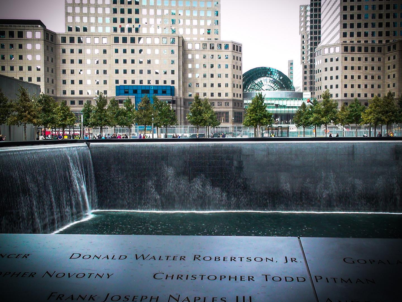 """""""9/11 Memorial"""" NY  -  Oktober 2011"""