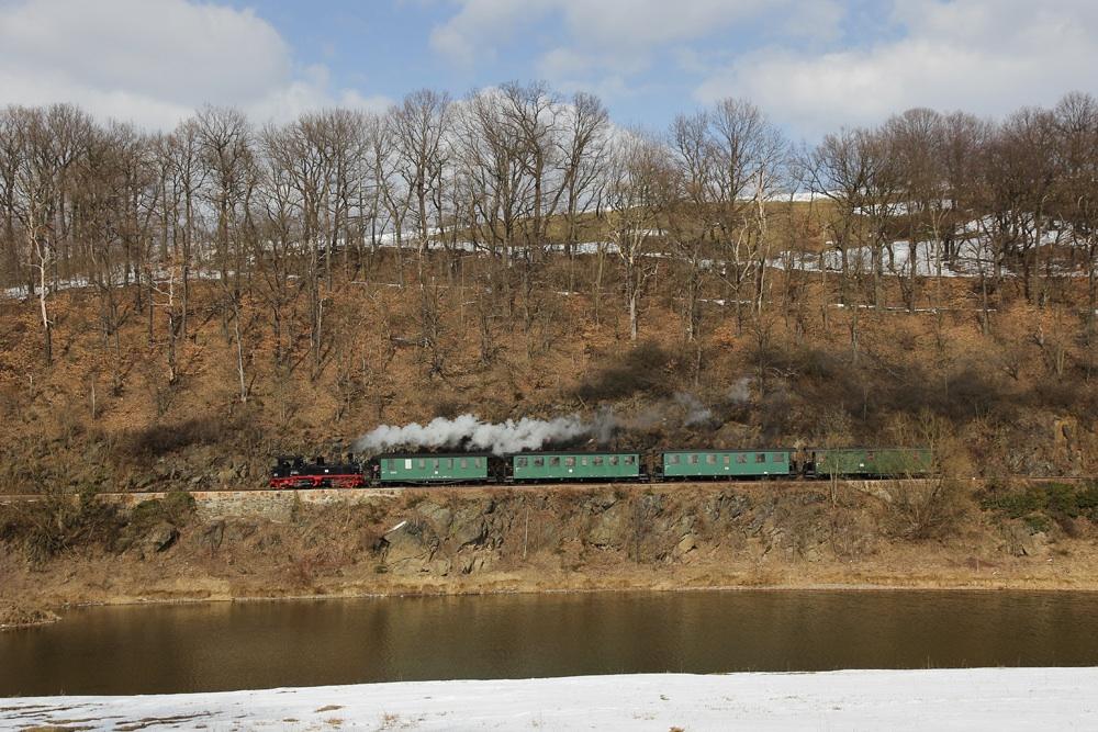 991608 Mit Reichsbahnzug