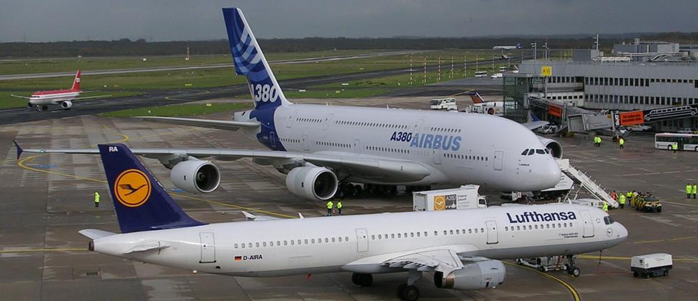 A 380 neben A 321 II