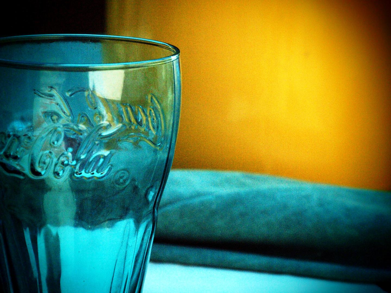 A coke glass without coke.