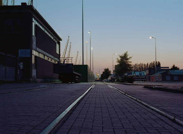 a few minutes before sundown @ Rotterdam Industry area