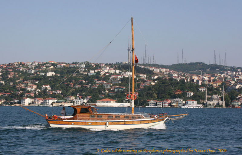 A gulet while running on Bosphorus