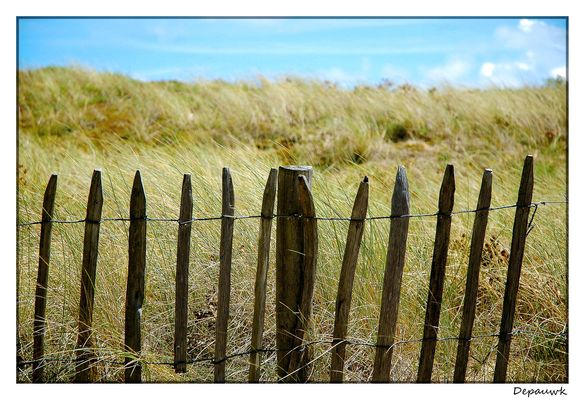 A l'allée menant à la plage Bidon V