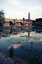 A las orillas de un Ebro en calma.