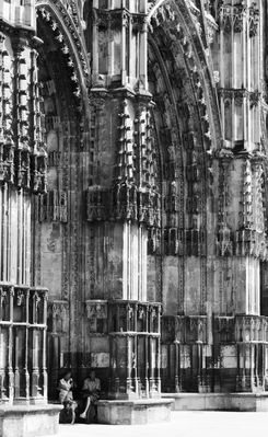 A l'ombre de la cathédrale
