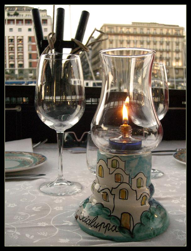 A luce di candela ...